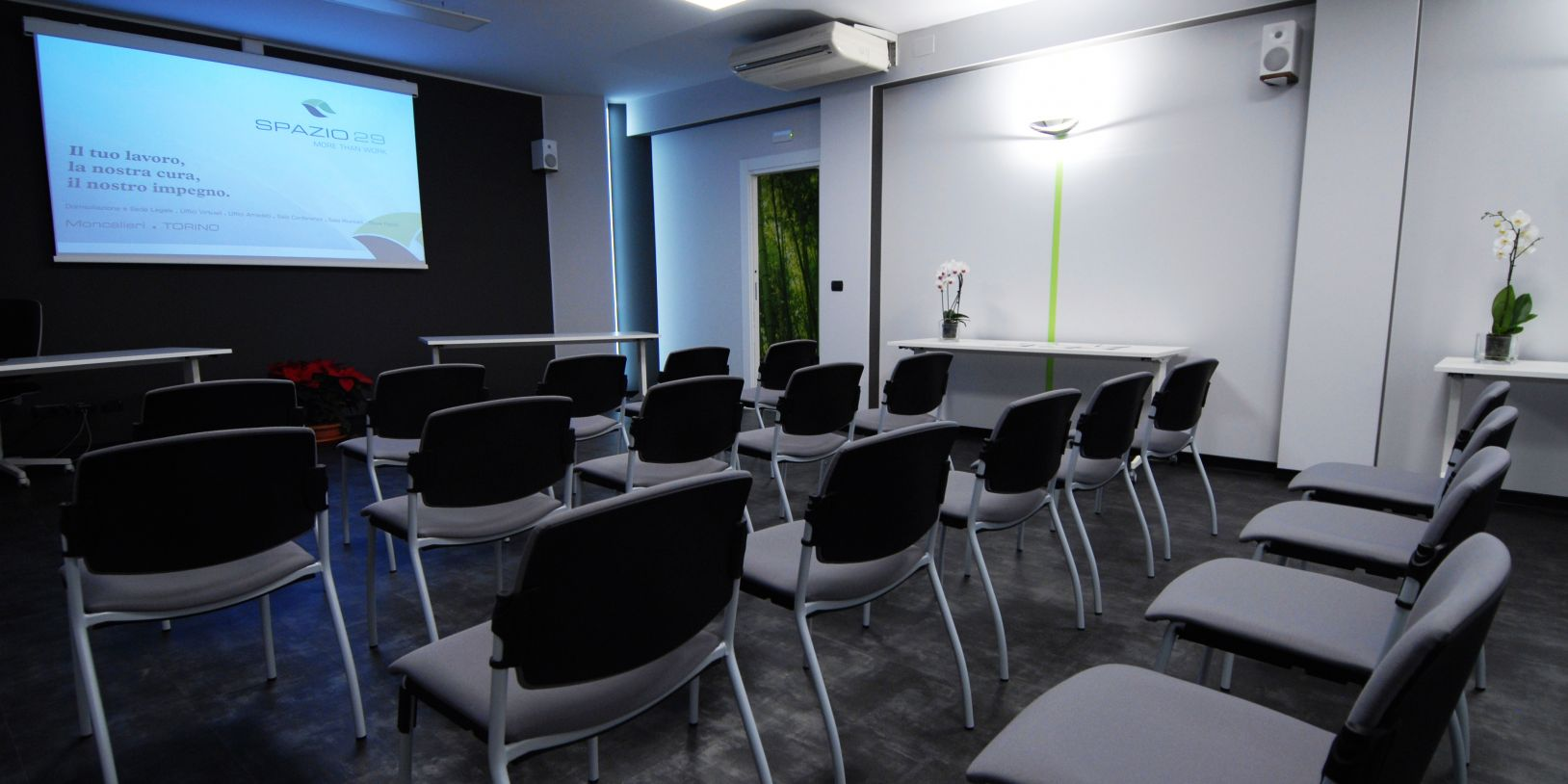 Sala conferenze e sala riunioni for Sala riunioni